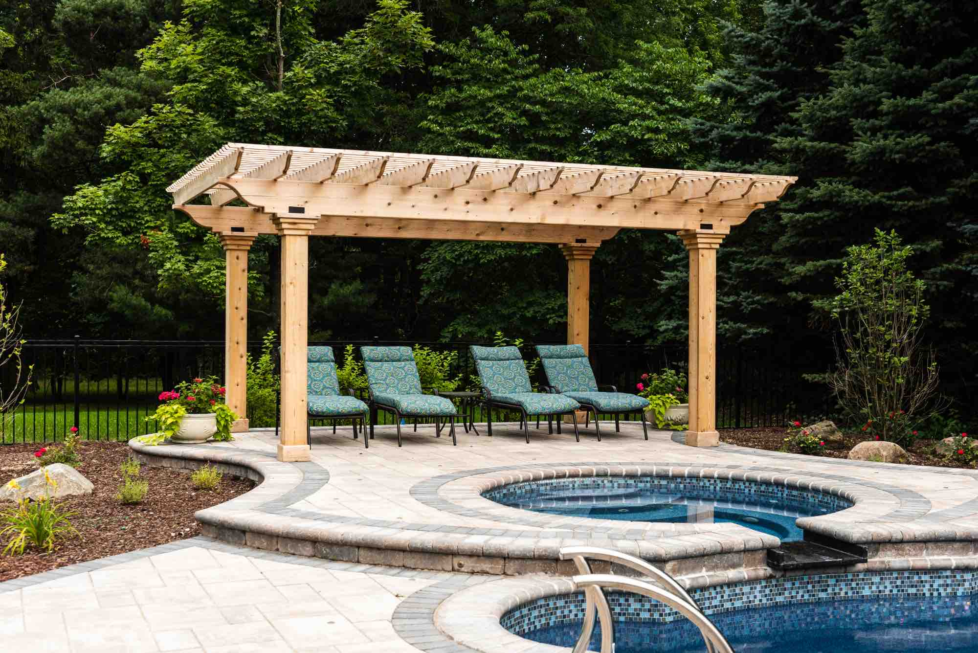 hot tub and deck seating